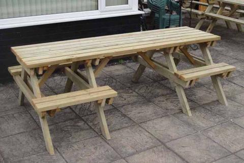 6-Seater Picnic Table- Fits 1 Wheelchair